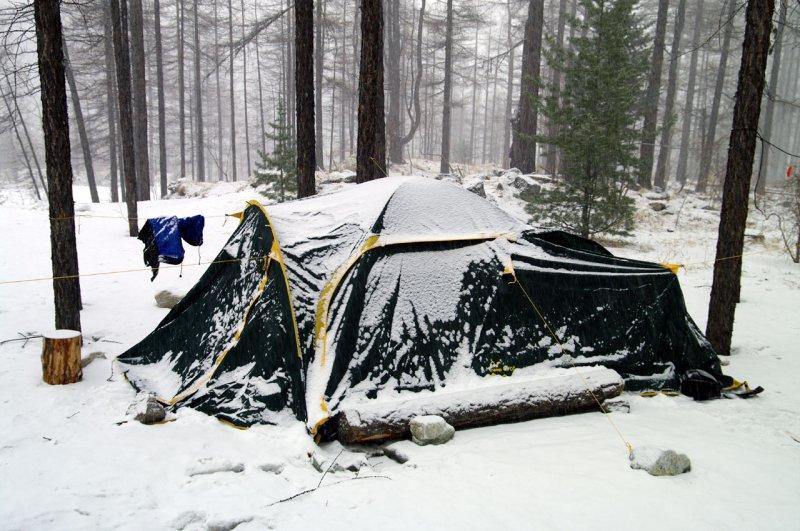 лагерь на р. Белый Иркут