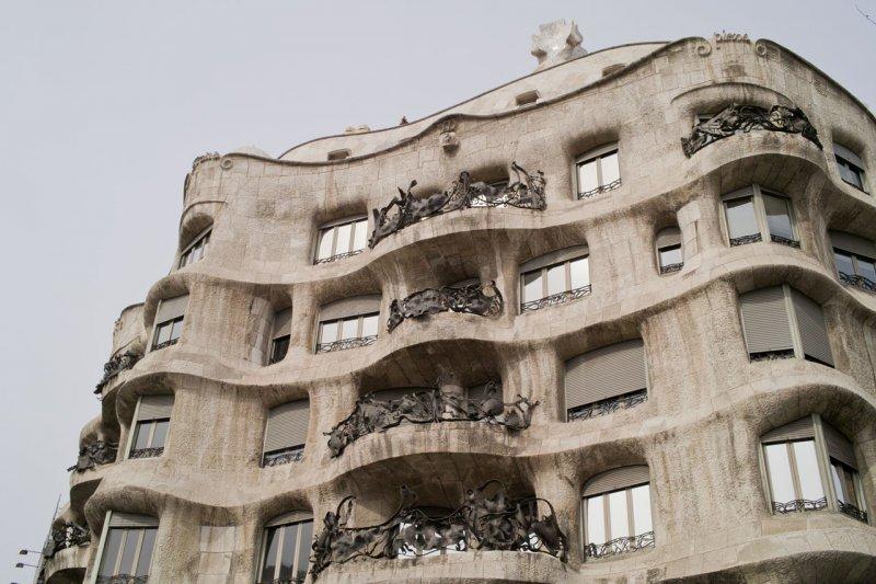 дом Мила, Барселона, Испания