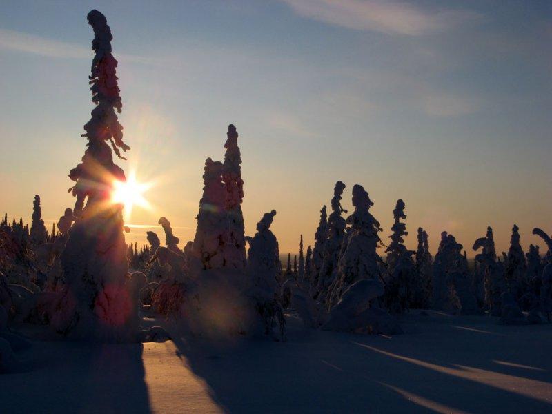 Закат у горы Нуорунен