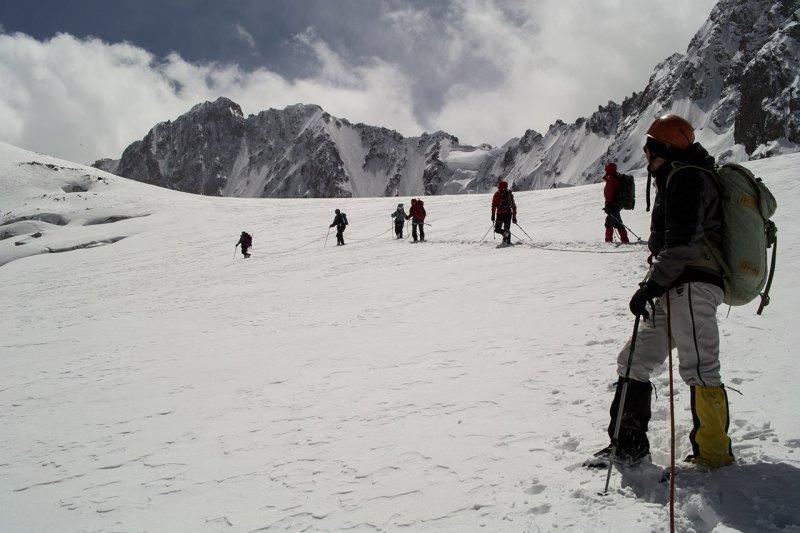 пересекаем Аксайский ледник
