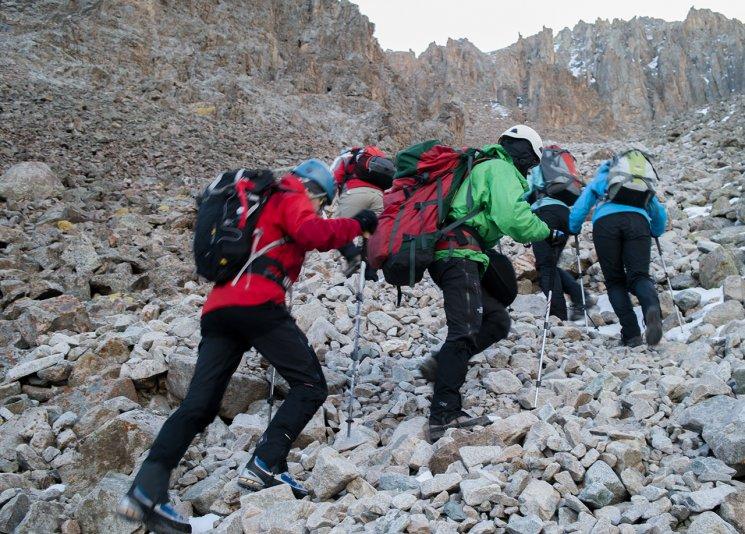 подъем на пик Учитель 4530 м (Киргизия), альплагерь Ала-Арча