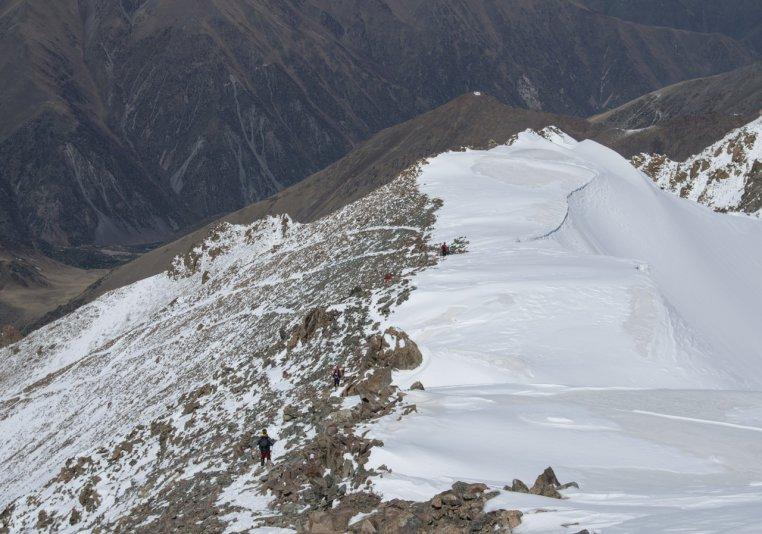 спуск с пика Учитель 4530 м (Киргизия)
