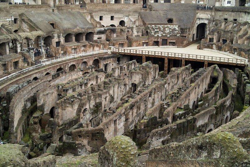 сооружения под ареной Колизея