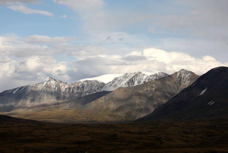 Ледник горы Монгун-Тайга (3976 м)