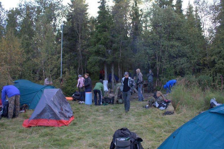 Наш лагерь в заливе Мотка