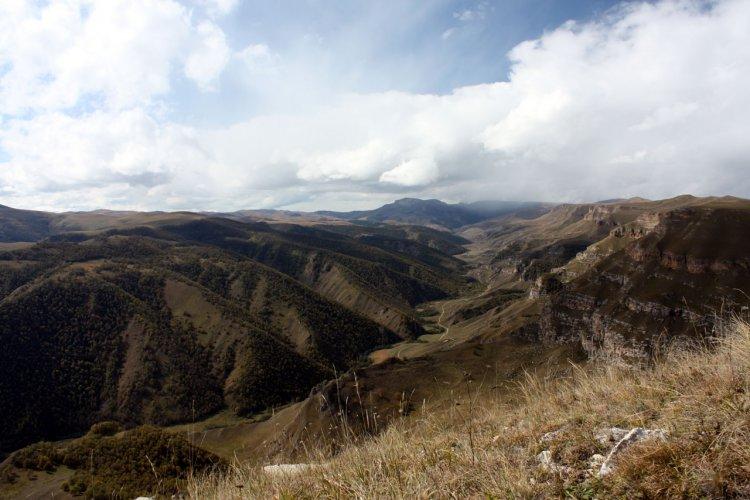 долина реки Хасаут