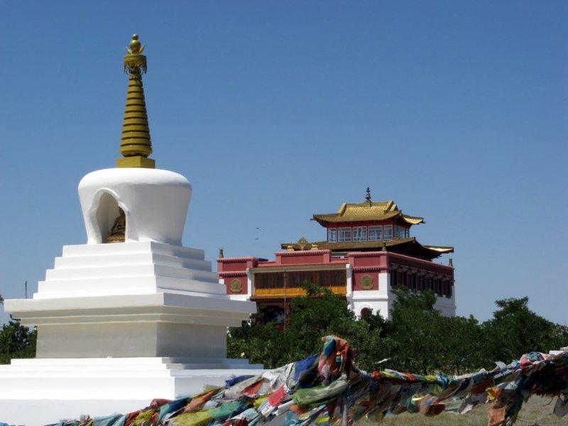 Буддийский храм Сякюсен-сюме буддийского комплекса Геден Шеддуп Чойкарлинг