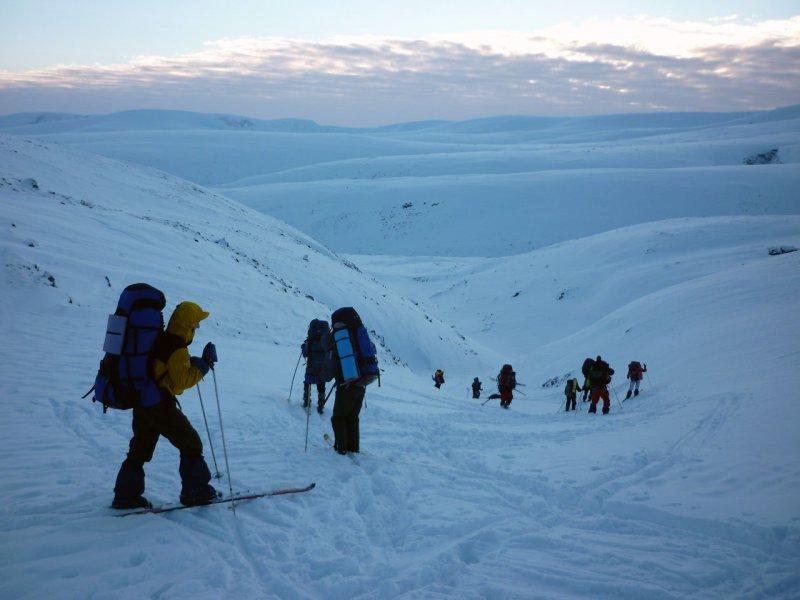 спуск с перевала Южный Партомчорр