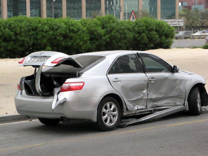 небольшая авария в Дубай