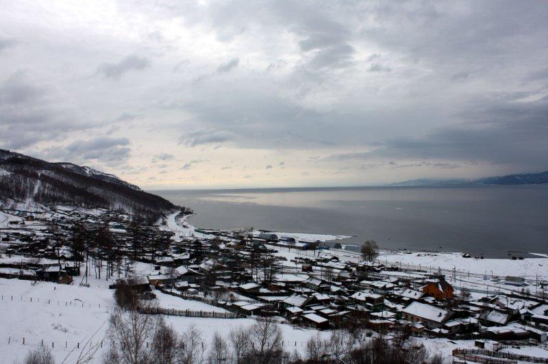 вид на южный Байкал